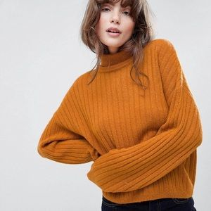 Fluffy Sweater in rib with roll neck